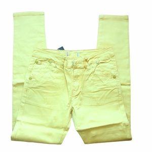 Chuns yellow denim looking pants NWT size 27